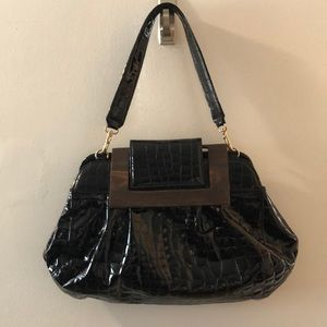 Black patent purse